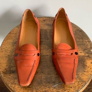 Tod's orange leather driving loafer Sz 8.5 Italy